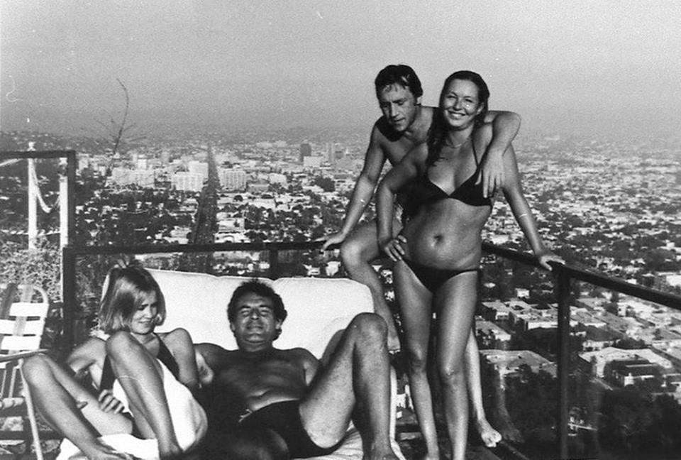 Джессика Лэнг, Милош Форман, Владимир Высоцкий, Марина Влади. Лос-Анджелес, 1976., фото - Михаил Барышников.